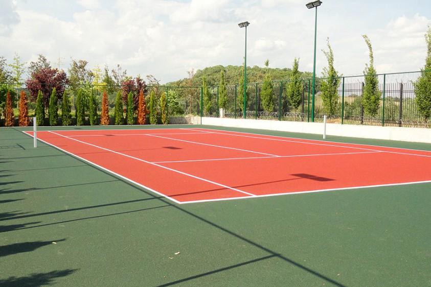 В Киеве в парке «Победа» появятся теннисные корты