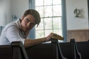 На Netflix вышел криминальный триллер Антонио Кампоса «Дьявол всегда здесь»