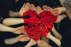 Помогать другим - легко: 15 благотворительных фондов Киева