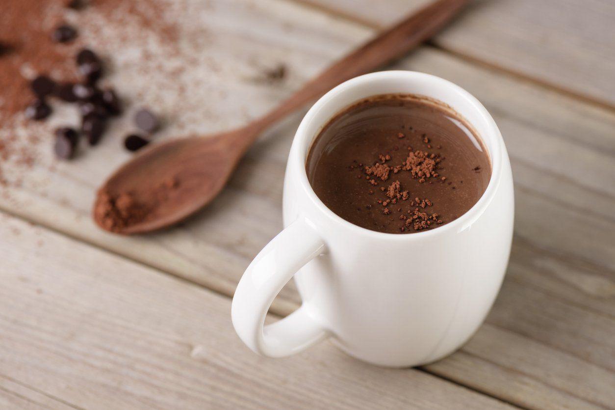 7 необычных рецептов какао с лавандой, тыквой или ромом