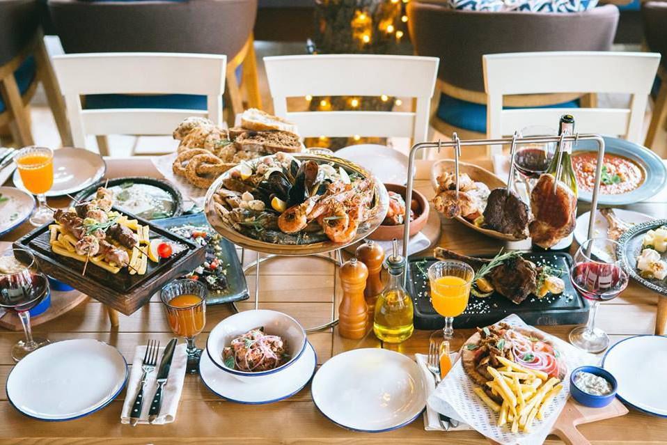 Мезе, манты и цимес: ТОП-5 ресторанов Киева с небанальной кухней