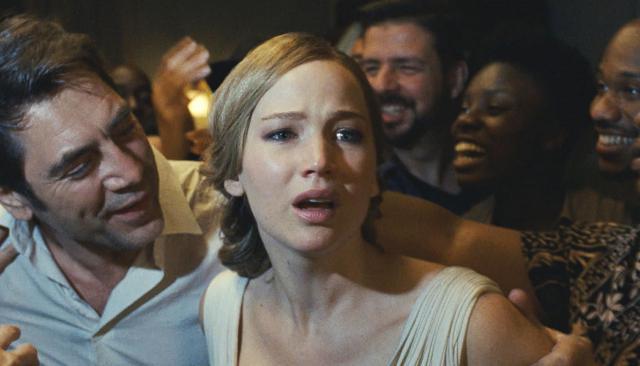 """Ой, """"мама!"""": ключи к самому странному фильму года, и стоит ли его смотреть"""
