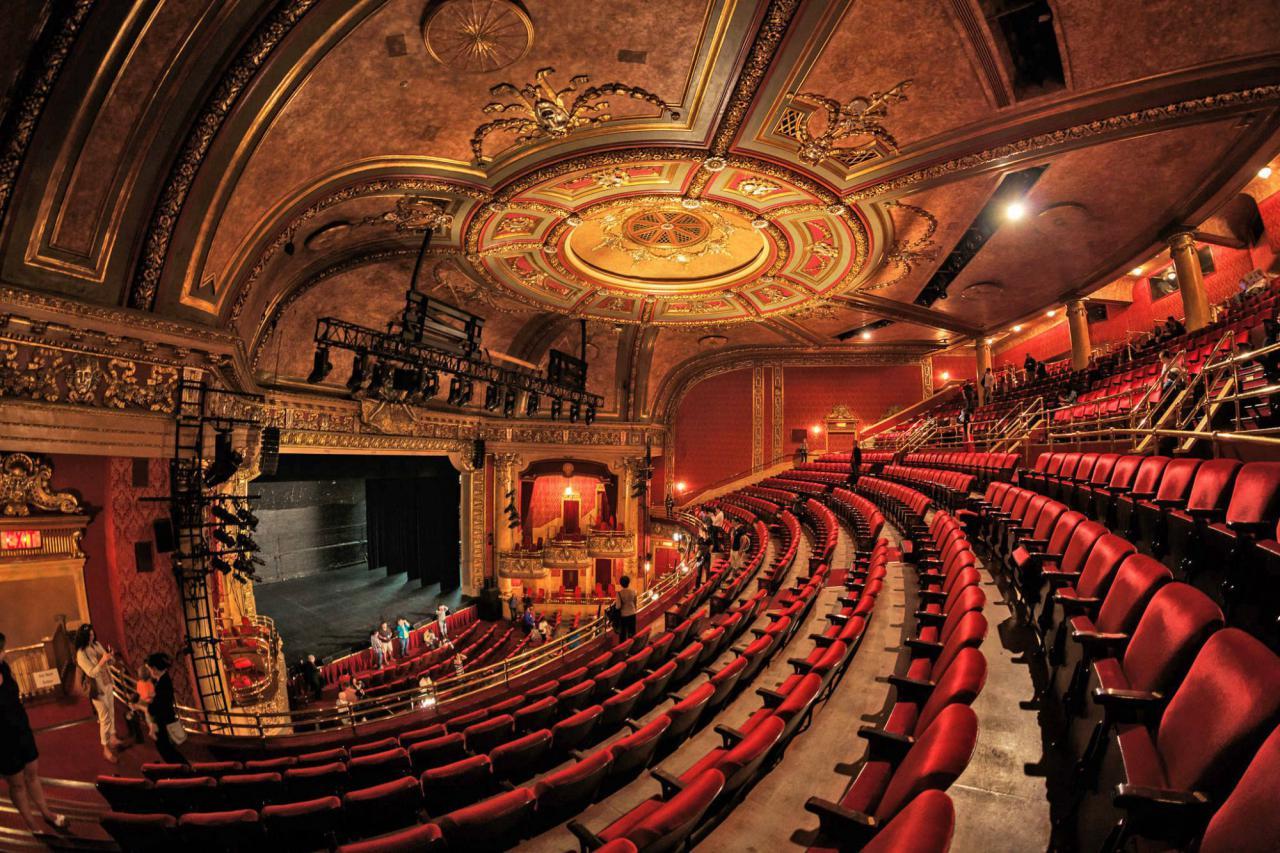 А пошел бы ты в театр! 8 премьерных спектаклей декабря
