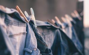 Slow fashion: 5 советов, как составить гардероб, заодно спасая планету