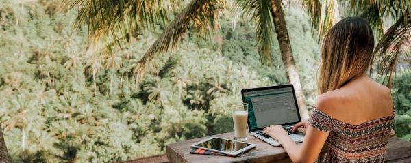 Как заработать в путешествии: семь способов «поднять бабла»