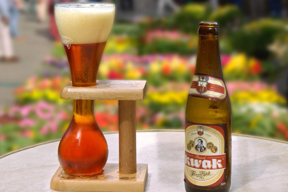 В бельгийском баре поставили сигнализацию на все стаканы. И вот почему