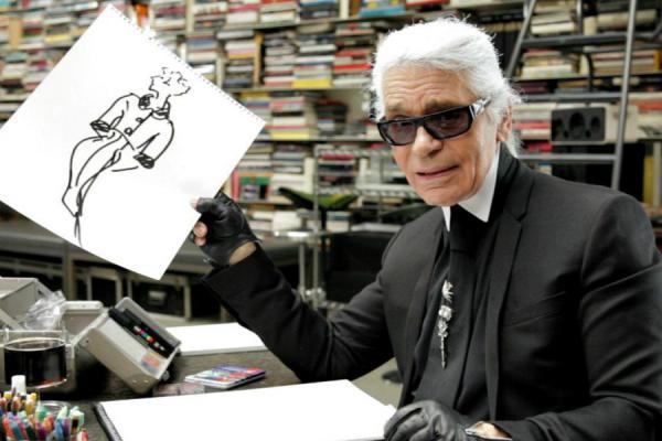 Чем запомнился Карл Лагерфельд: стриптизерши на подиуме, революция Chanel и легендарный логотип Fendi