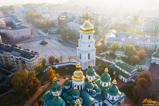 Софийская или Софиевская площадь: 8 киевских названий, в которых все ошибаются
