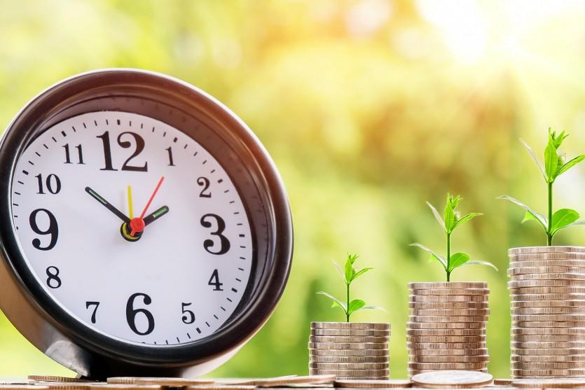 Официальные выходные: как будут работать банки на Пасху и другие праздники