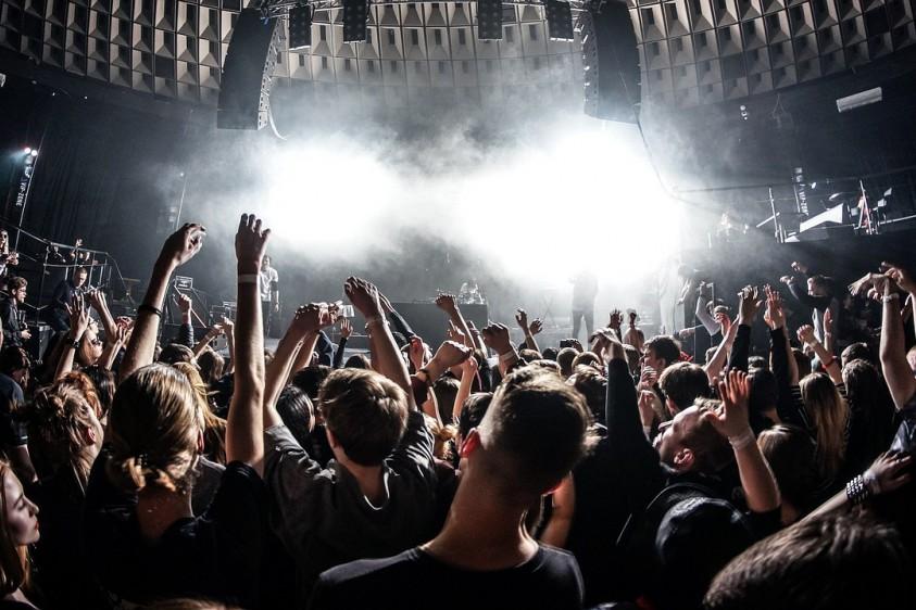 Warner Music устраивает виртуальный музыкальный фестиваль PlayOn Fest бесплатно: Twenty One Pilots, Coldplay, Ed Sheeran и другие