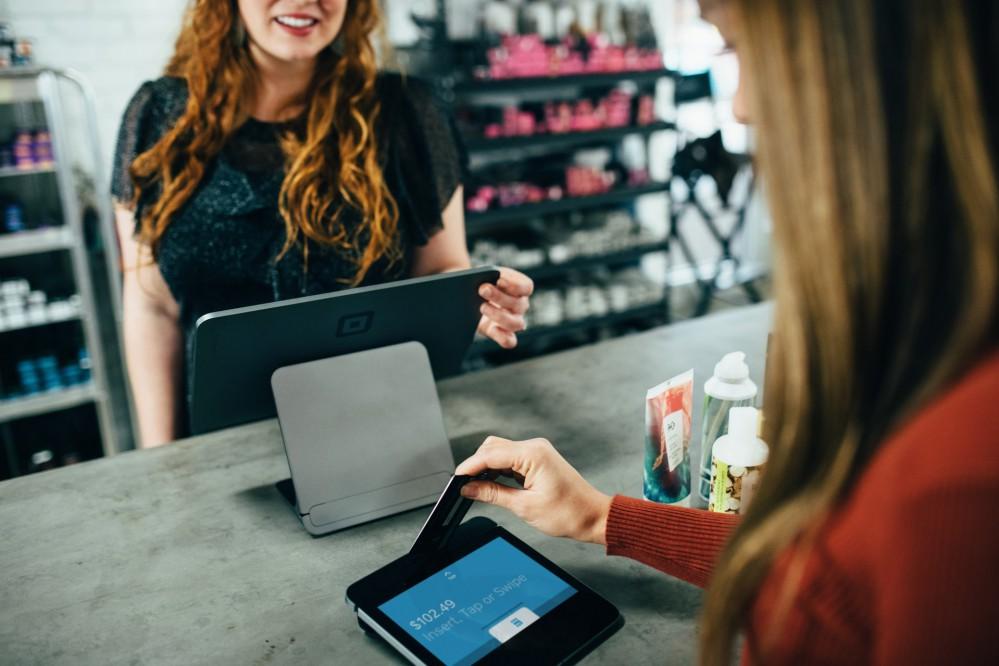 Покажите лицо: в Украине появилась новая функция для оплаты покупок