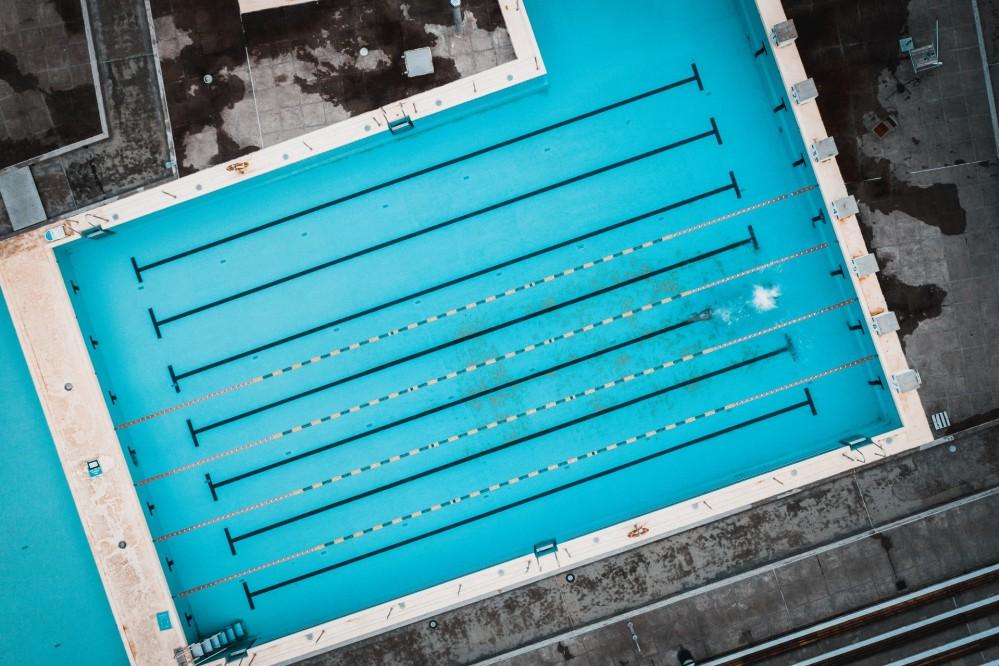 В бассейн нельзя: незрячему мужчине запретили посетить один из киевских спорткомплексов