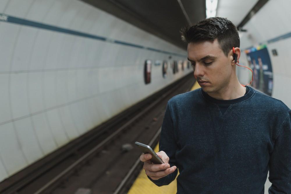 Интернет в киевском метро: на каких станциях появился 4G. Список
