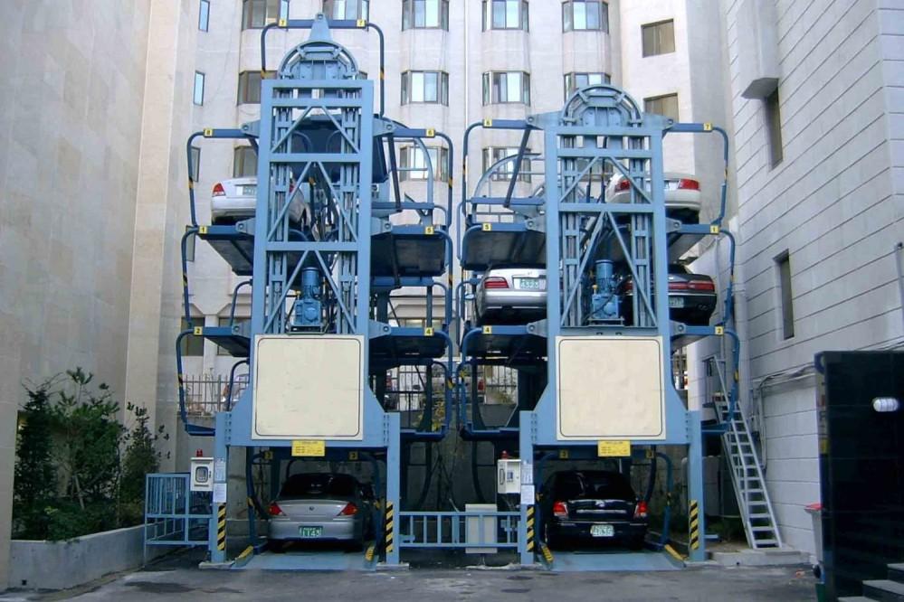 Впервые в Киеве установят автоматическую парковку