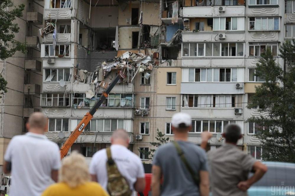 Взрыв дома на Позняках: Киев решил выделить 20 миллионов гривен пострадавшим на ремонт квартир