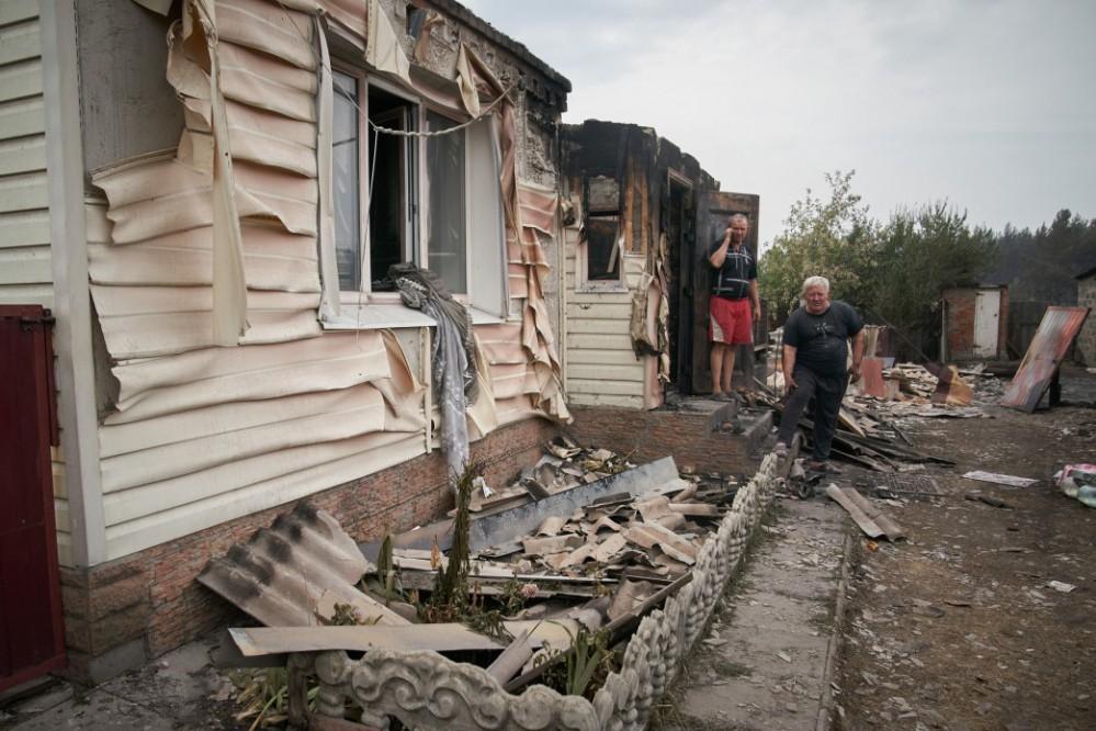 Правительство предоставит денежную компенсацию пострадавшим от пожаров в Луганской области