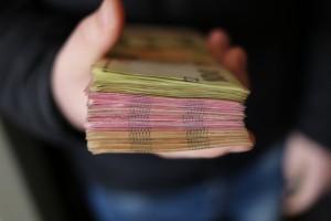 Не отходя от кассы: в каких магазинах с августа заработает услуга снятия наличных на кассе