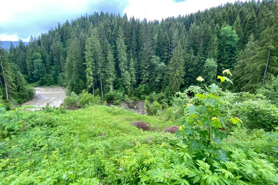Непогода в Карпатах: из-за ливней исчезло одно из озер в Ивано-Франковской области