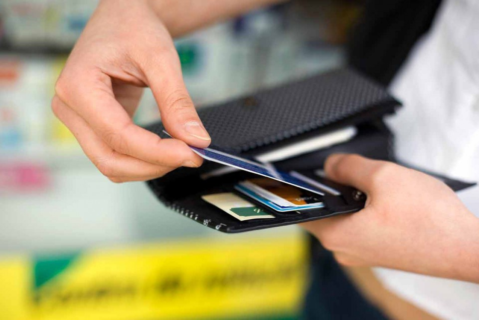 Если срочно нужна наличка: как снять деньги без карты