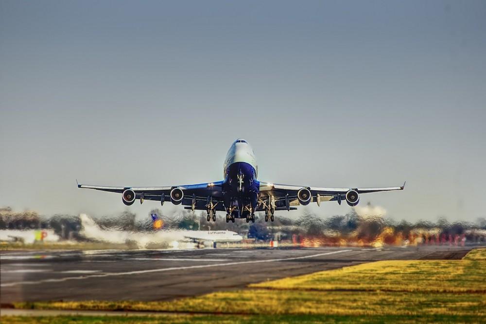 Возобновление авиасообщения: Украина уже открыла аэропорты для въезда иностранцев