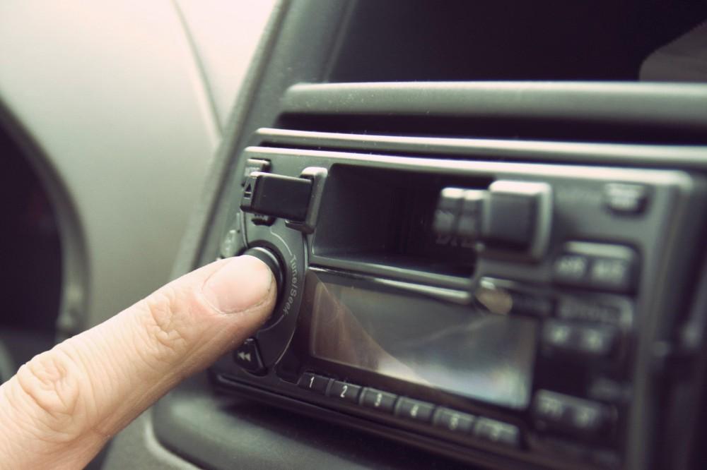 Акустическое насилие: власти хотят запретить включать музыку в автотранспорте
