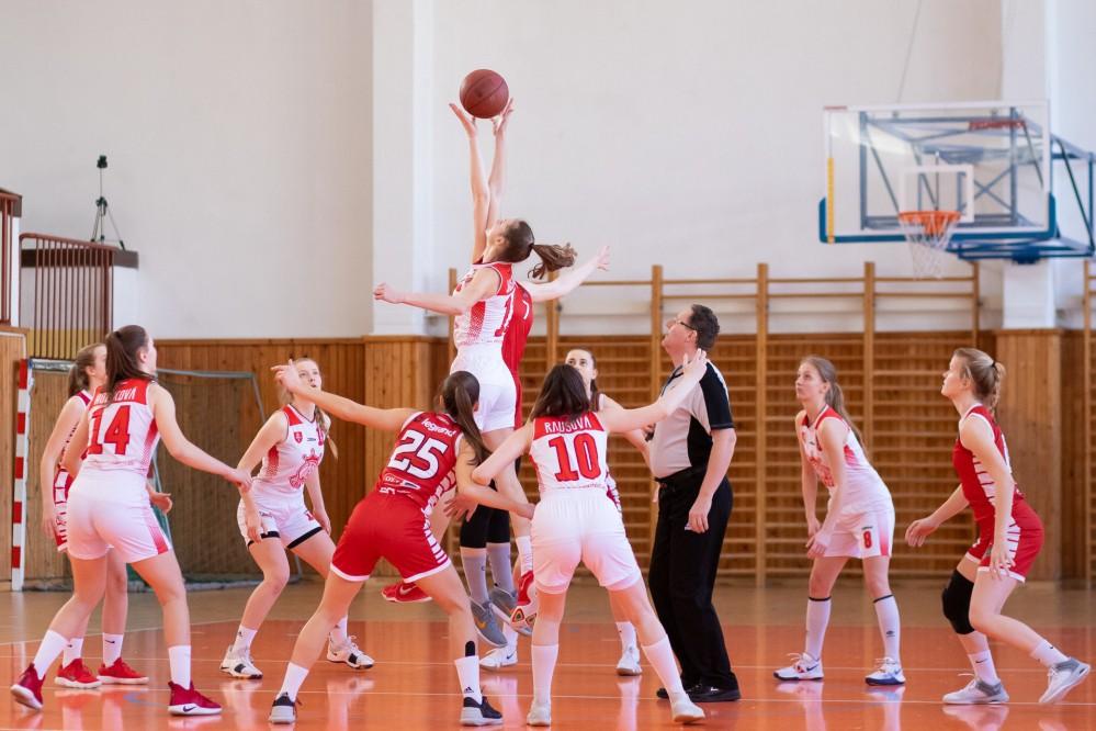В Киеве возобновили работу спортивные школы, но с определенными требованиями