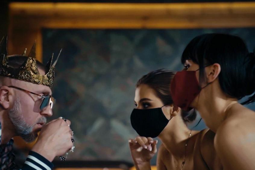 """Премьера: Полиграф ШарикOFF презентовал клип на песню """"Коронавирус"""""""
