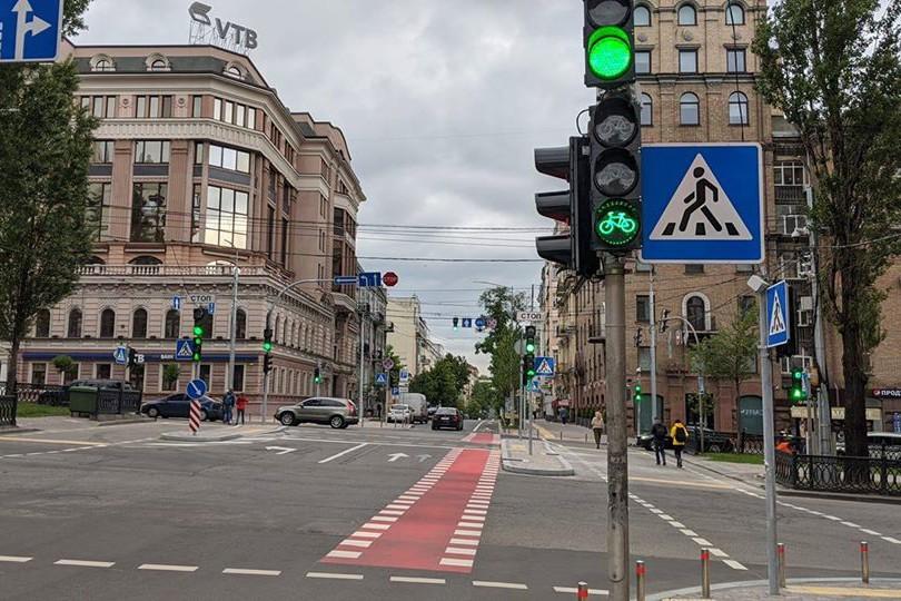 В Киеве появились новые светофоры для велосипедистов