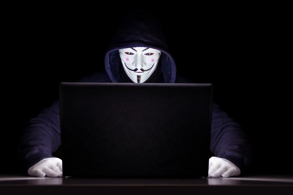 """Расследование по делу слива личных данных украинцев в сеть: имеет ли """"Дія"""" к этому отношение"""