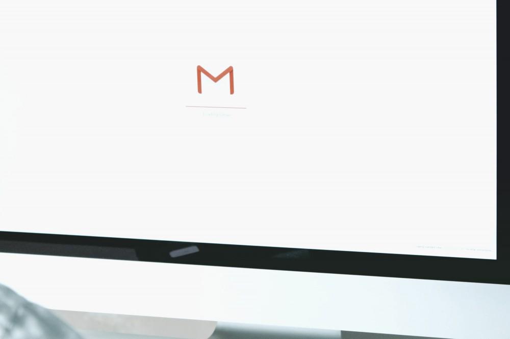 В Google официально презентовали измененный логотип почты Gmail. Видео