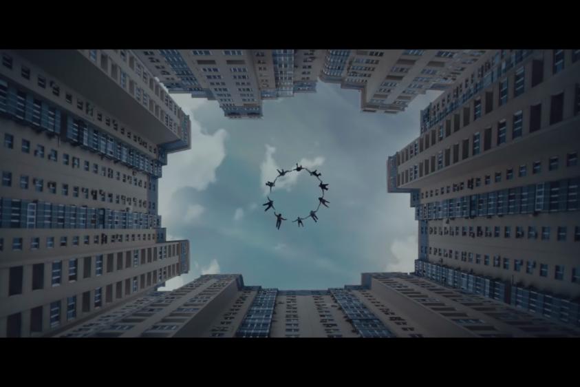 Немецкий музыкант Paul Kalkbrenner снял клип на песню Parachute в Киеве