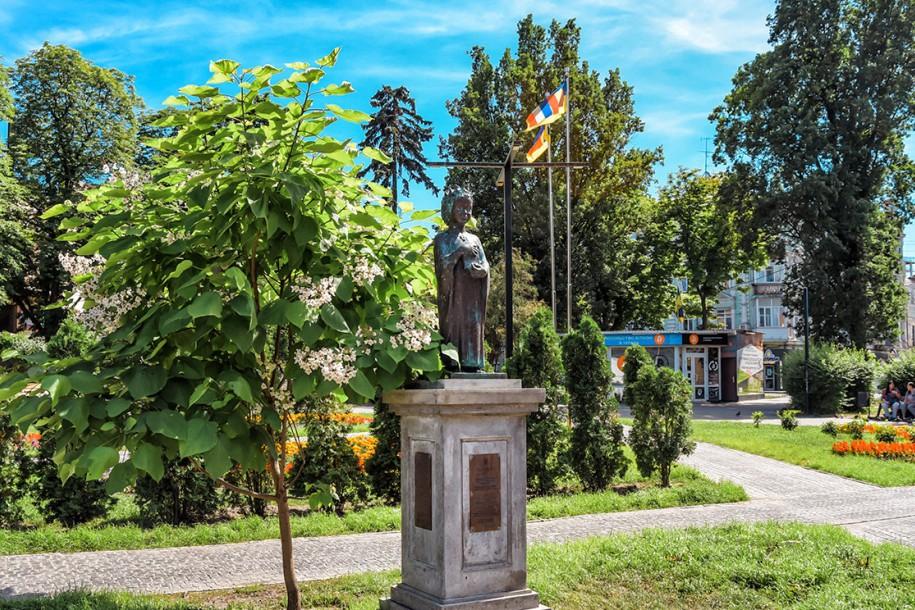 Одному из скверов в центре Киева дали официальное новое название