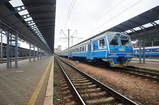"""""""Укрзализниця"""" планирует запустить интерактивную карту для отслеживания поездов онлайн"""