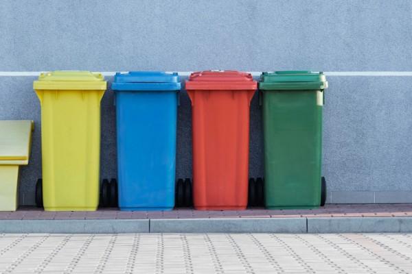 Все сделают за вас: в Киеве заработает новая бесплатная услуга сортировки мусора