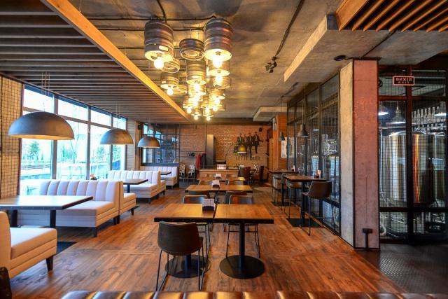 Пивная ресторация «Наживо»: крафтовое пиво на Позняках