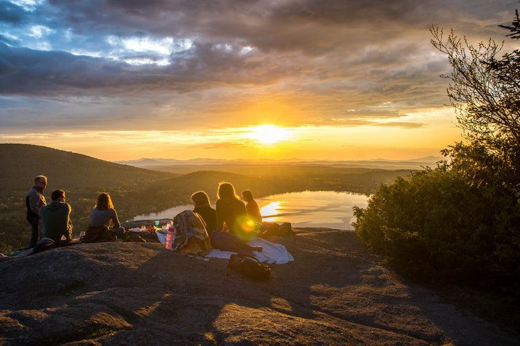 Пикник здорового человека: 6 правил культурного отдыха на природе