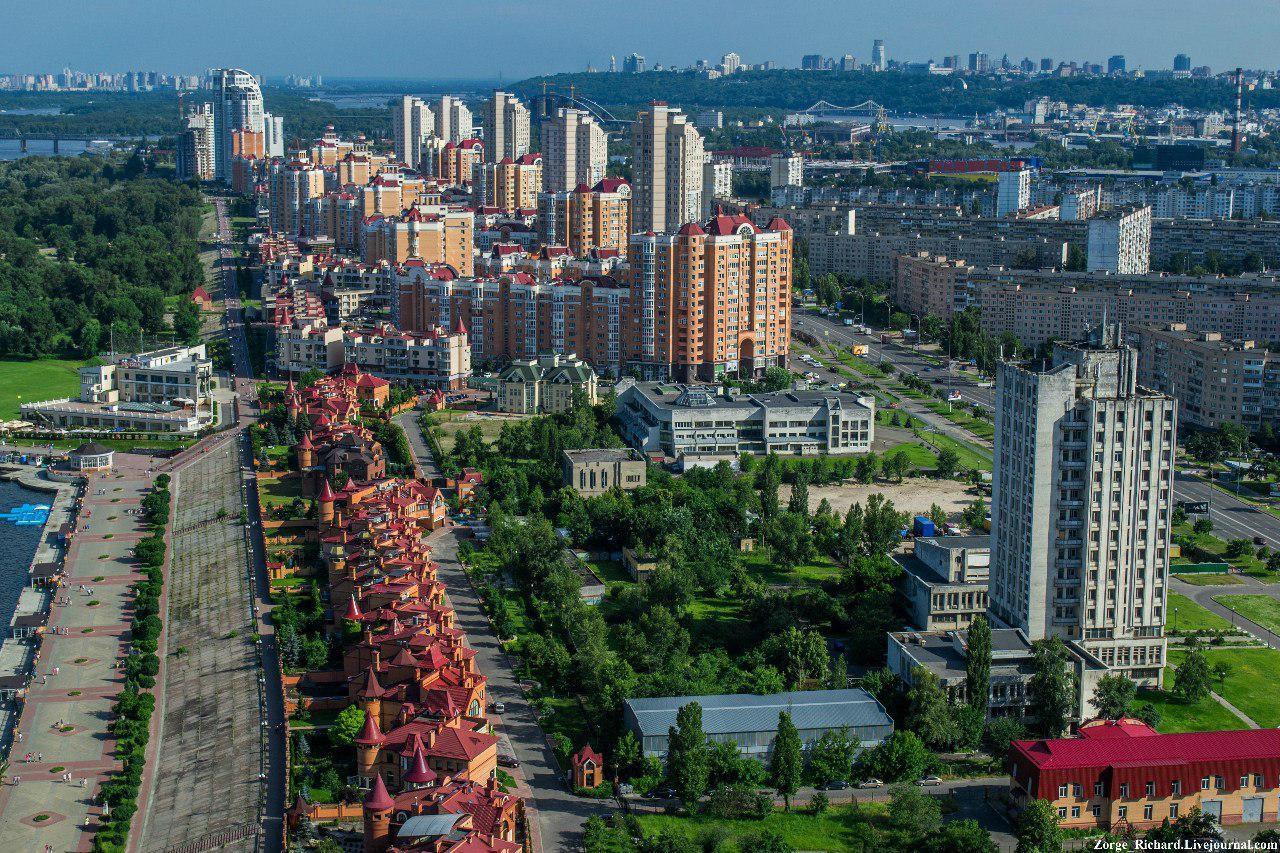 Здесь так красиво, я перестаю дышать: 5 крыш Киева, куда можно легально попасть