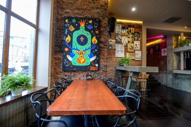 Гастробар Regenschirm: почему нужно идти на Подол за авторской кухней