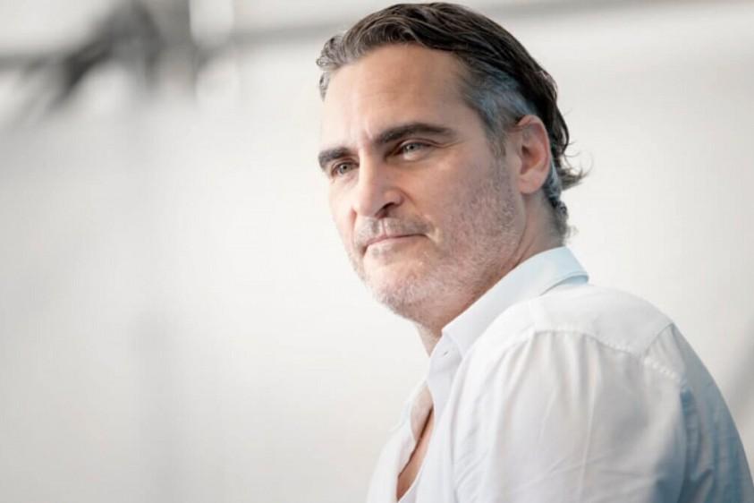 Хоакин Феникс примерил на себя роль художника в фильме Майкла Миллса