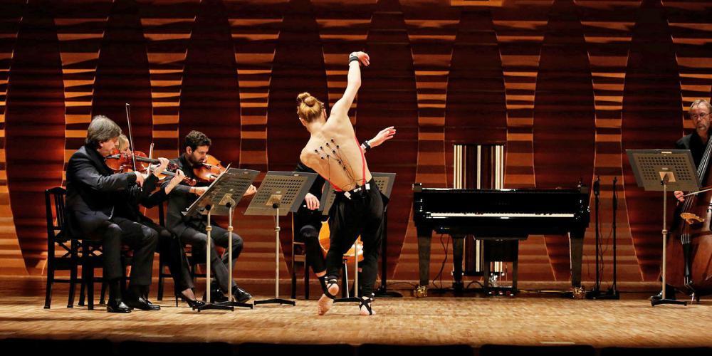 Видео дня: искусственный интеллект превращает танец в музыку