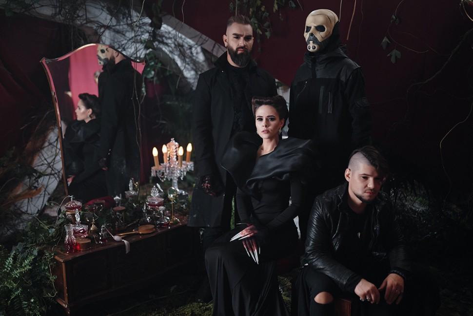 The Hardkiss выпустил новый клип с вампирской историей на песню «Жива» - ФОТО, ВИДЕО