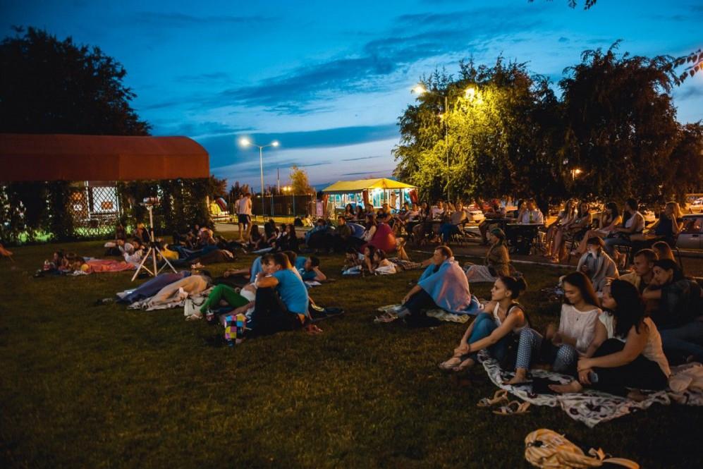 В центре Киеве появится кинотеатр под открытым небом
