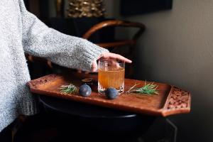 Помимо какао и глинтвейна: какими напитками согреваться в заведениях Киева