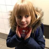 Трогательная история этой девочки заставит вас полюбить 14 февраля