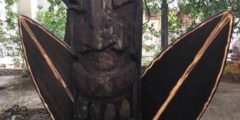 В Киеве появился памятник богу серфинга