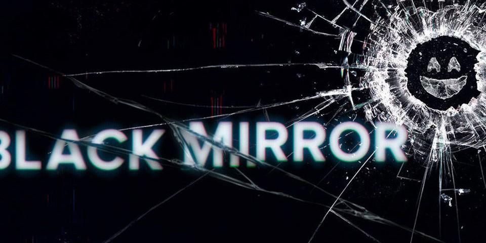 """Вопрос дня: почему у сериала """"Черное зеркало"""" такое название"""