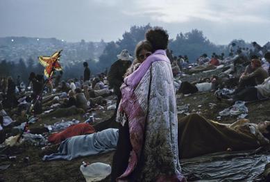 Никакого фудкорта и тонны мусора: как выглядели первые мировые музыкальные фестивали