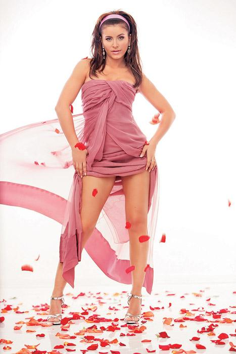 Ани Лорак научила мужа менять памперсы