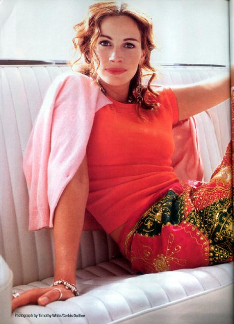 Джулия Робертс занялась шитьем. Фото
