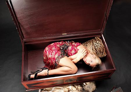 Ксения Собчак устроила драку на съемках. Фото